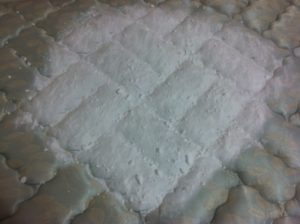 How to remove urine stains out mattress with baking soda