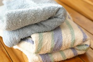 Old Natural Remedies To Remove That Stinky Wet Towel Odor