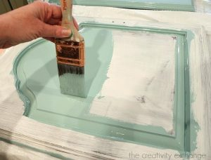 Home Hacks To Remove Oil-Based Paint Stains After Decorating
