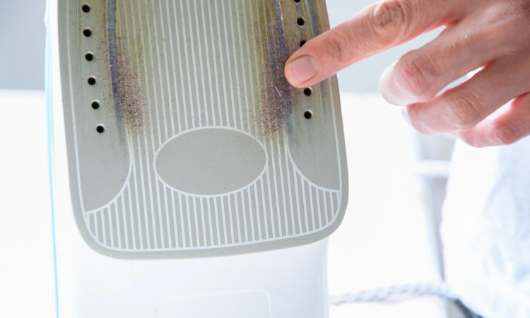 Natural Methods To Clean A Burnt Iron Soleplate And Prevent Burning Your Clothes