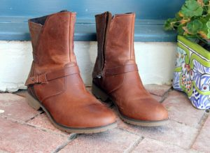 At-Home Guide To Repair Scuffs And Scratches On Leather Boots