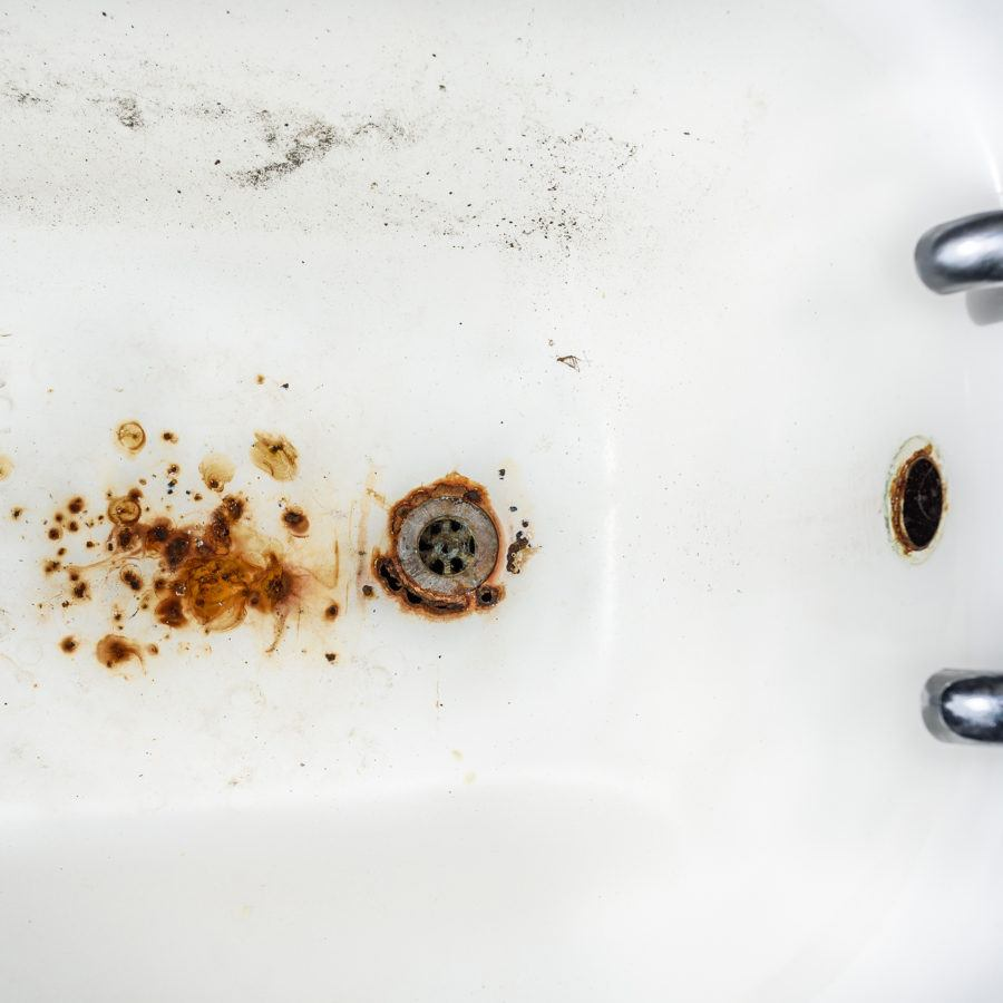 Be Green: How To Remove Ugly Rust Stains From Cast Iron Bathtubs